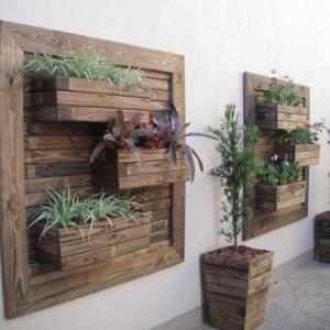 How-to-DIY-Vertical-Wall-Garden-Planter